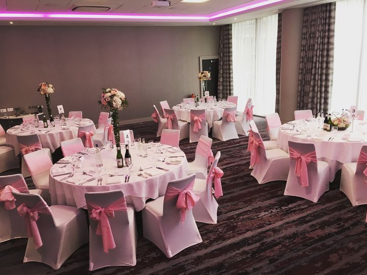 Docklands Suite with flowers from Brigitte Personal Flower Service