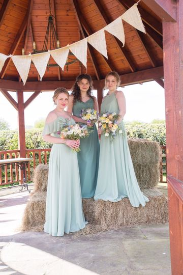 Bridesmaid style Inspo