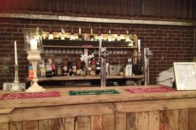 Charlie's Bars - Bar Hire