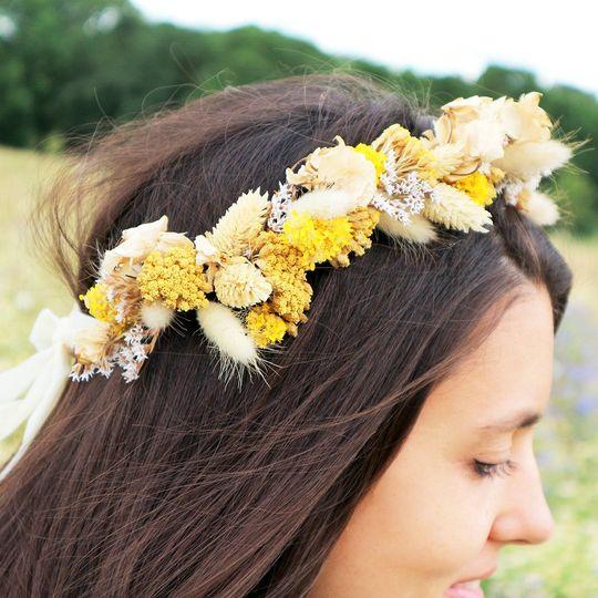 Halo dried flower crown