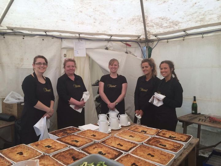 thomas the caterer 2 4 109698