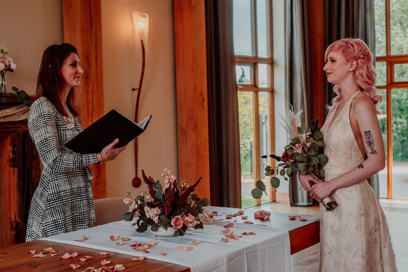 Lara and the bride