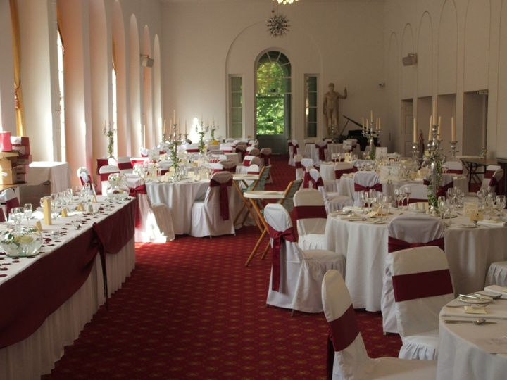 Swags and main table Swansea Wedding Decorators