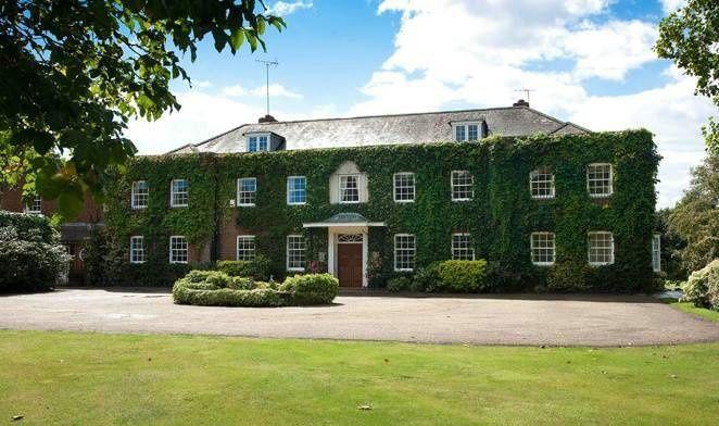 Pembroke House 4