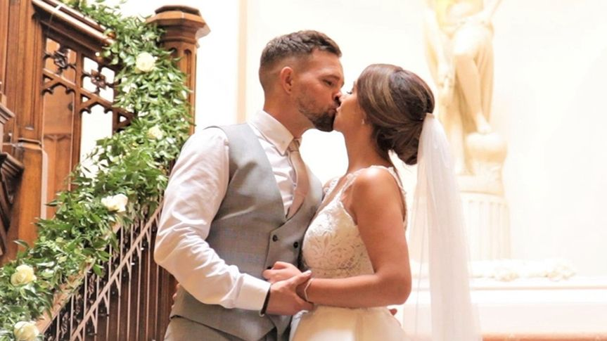 Videographers Cherish Wedding Video 40