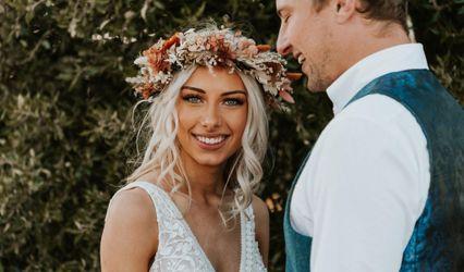 Toni Gogola - Wedding Hair