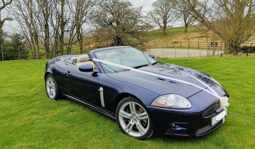 2007 Jaguar XKR, seats 1