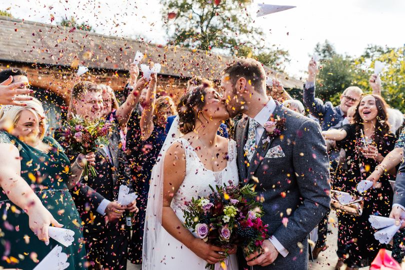 Throw all the confetti in the courtyard!