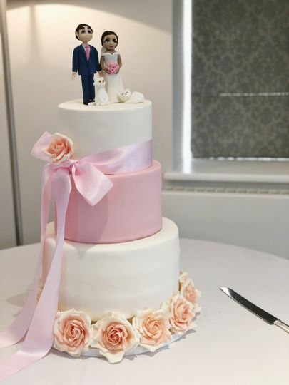 Fondant with topper
