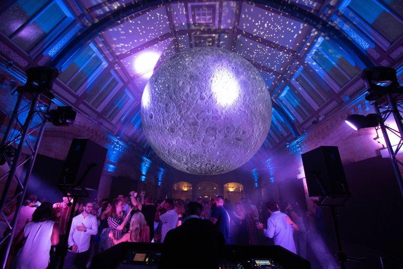 Music and DJs AJ Moreno DJ Services 31