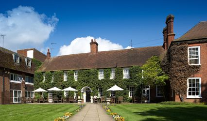 The Bush Hotel Farnham 1