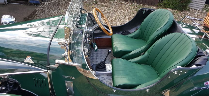 Unique Classic Car hire
