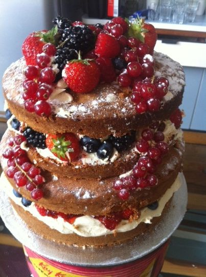 Deconstructed fruit cake