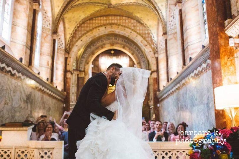 Newlyweds kiss - barbara k. photography