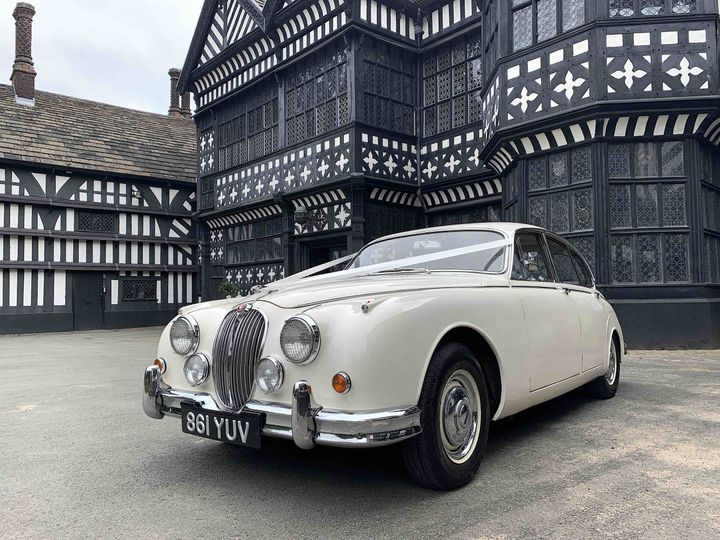 classic wedding cars cheshire manchester 4 109961 162745761133197