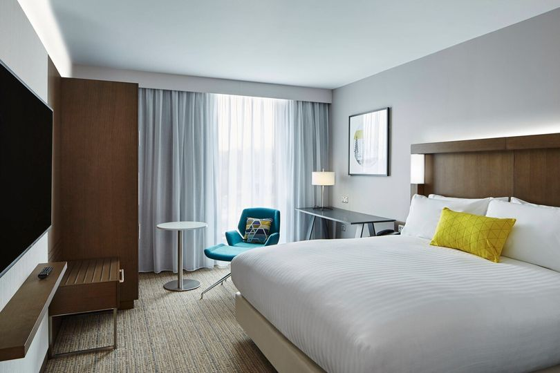 Courtyard by Marriott Oxford South 7