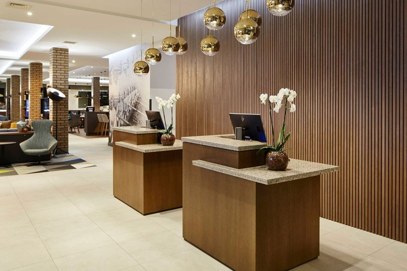 Courtyard by Marriott Oxford South 9