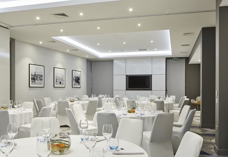 Courtyard by Marriott Oxford South 16