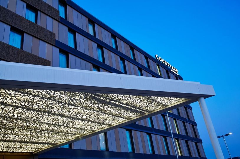 Courtyard by Marriott Oxford South 24