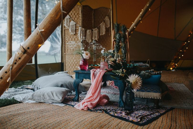 Tipi chill space