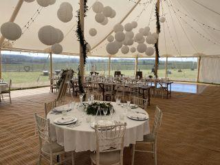Hardwick moat weddings 5