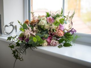 Elizabeth's Blooms 3