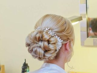 Claire Guy Bridal Hair and Makeup 3