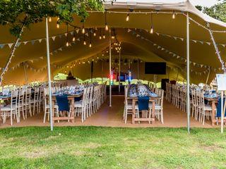 TENT PEG EVENTS Stretch Tents 2
