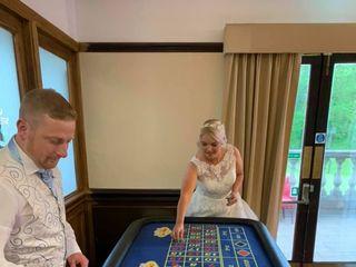 Acorns Weddings - Fun Casino 1