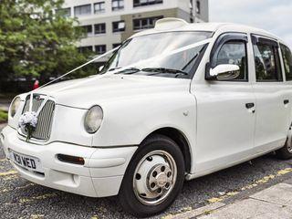 iDoTaxi Wedding Cars & Taxis 4