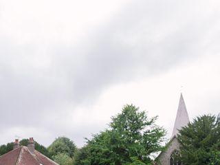 Bury Manor Barn 1