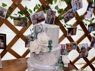 H. S. Cake Design 1