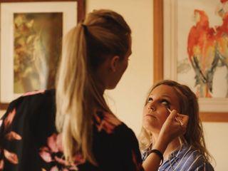 Hannah Dora Professional Makeup 2