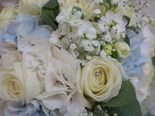 Mrs Bouquet Wedding/Event Floral Design 2