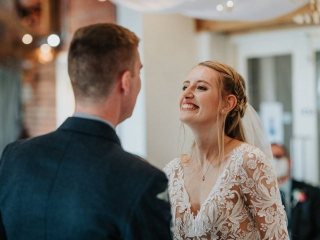 Dom and Jenny's Wedding in Newark-on-Trent, Nottinghamshire 7