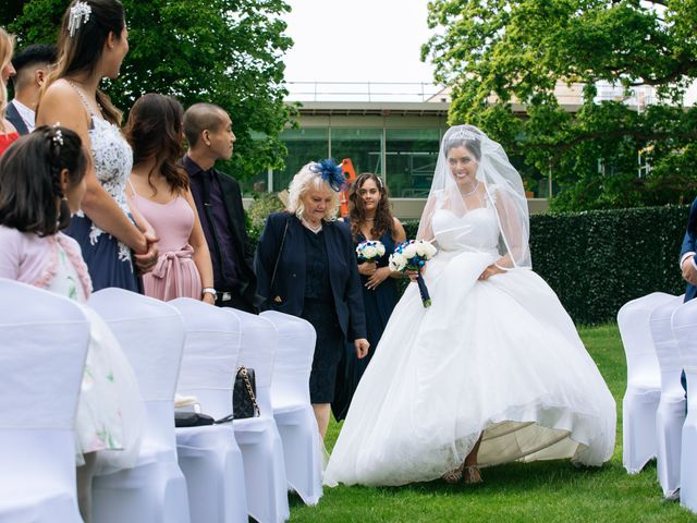 Chanelle and Que's Wedding in St Albans, Hertfordshire 7