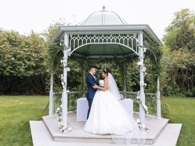 Chanelle and Que's Wedding in St Albans, Hertfordshire 33