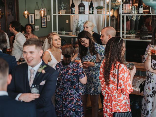 Smiles and Smiles's Wedding in Wandsworth, South West London 52