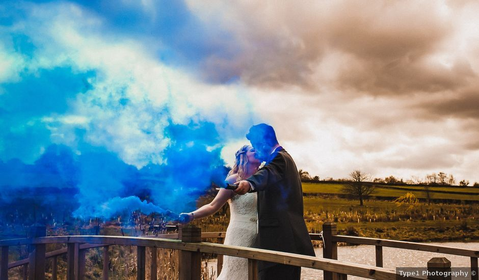 Andy and Sarah's Wedding in Peak District, Derbyshire