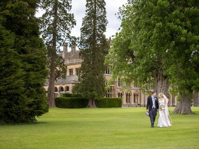 Imogen and Dan's Wedding in Chippenham, Wiltshire 15