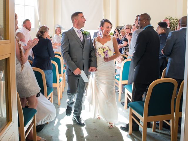 Kelly and Steve's Wedding in Herts, Hertfordshire 7