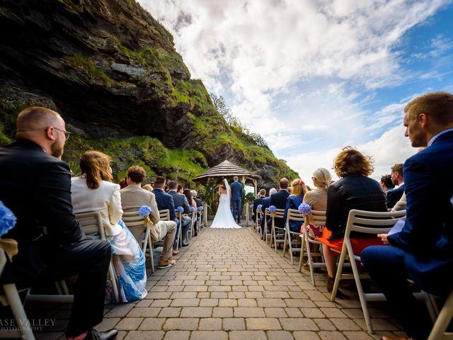 Kim and Karl's Wedding in Ilfracombe, Devon 16