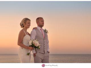 Leanne & Tom's wedding