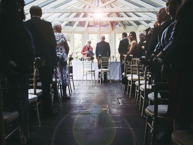 kate and jon's Wedding in Burford, Oxfordshire 1