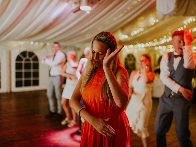 Steve and Lizzie's Wedding in Notts, Nottinghamshire 4