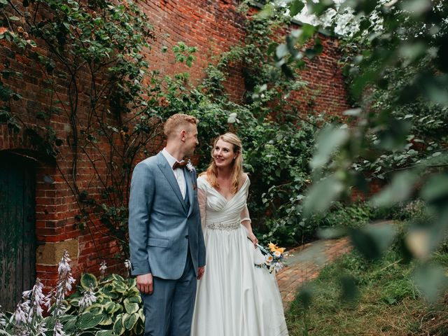 Steve and Lizzie's Wedding in Notts, Nottinghamshire 8