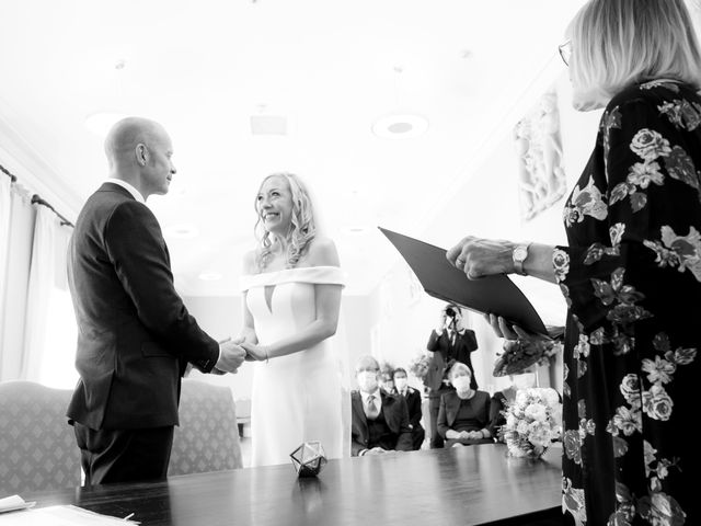 Rebecca and Jon's Wedding in Twickenham, Middlesex 35