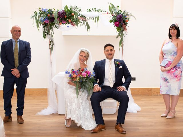 Kyan and Rhianna's Wedding in Richmond-upon-Thames, Surrey 20