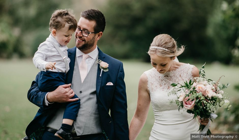Liam and Kelly's Wedding in East Malling, Kent