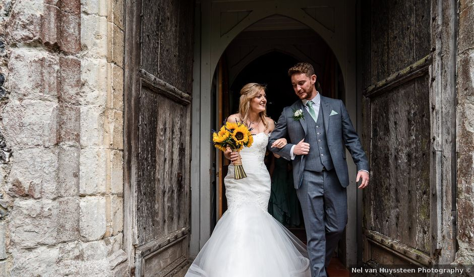 Daniel and Louise's Wedding in Chilham, Kent